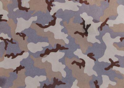 Kamufláž (Camouflage)