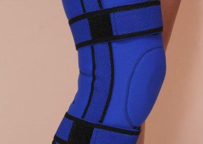 Ortéza kolenná elastická s flexibilnou výstužou naťahovacia neoprénová